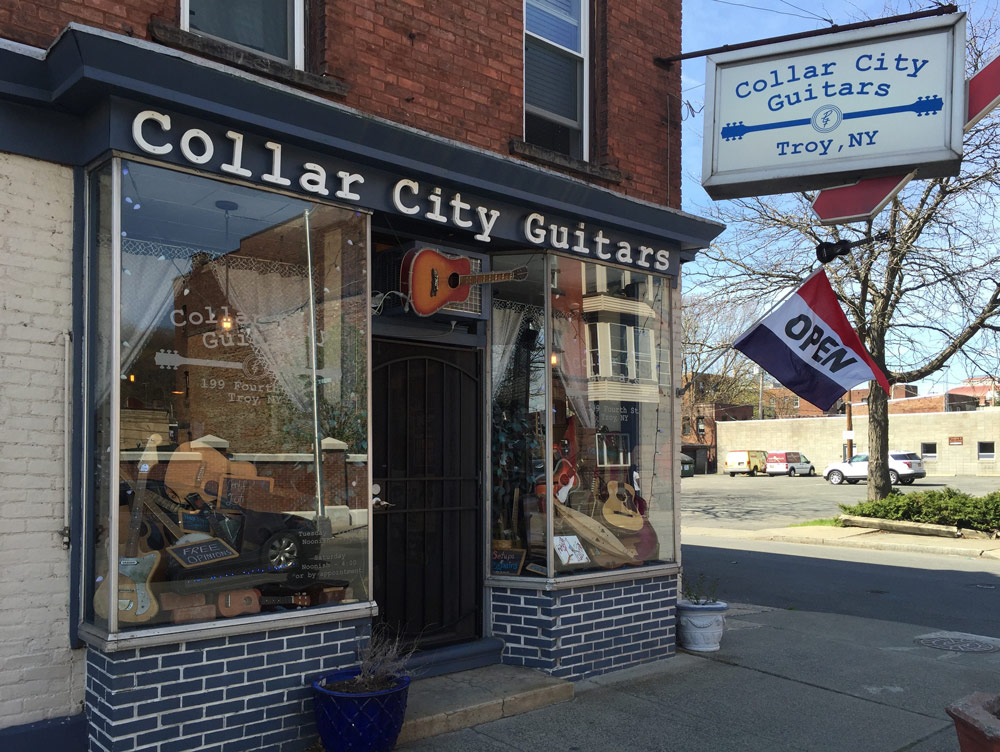 Collar City Guitars store front