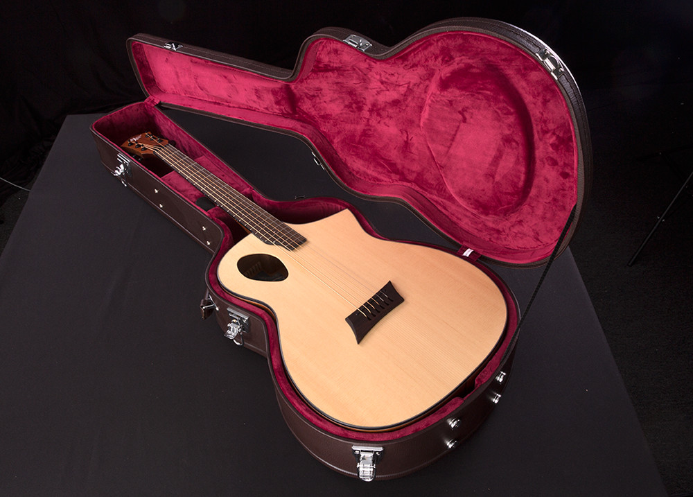 Port Cutaway Acoustic Case